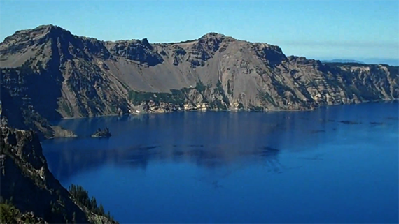 Crater Lake, Oregon USA