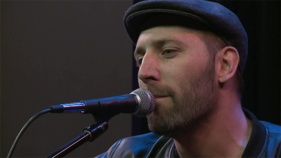 Mat Kearny Singing Live
